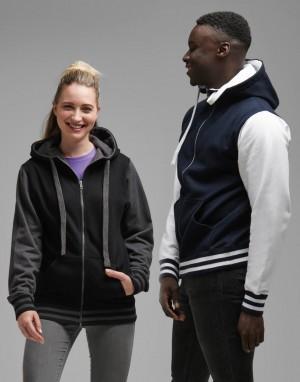 Sportinis džemperis su užtrauktuku ir gobtuvu
