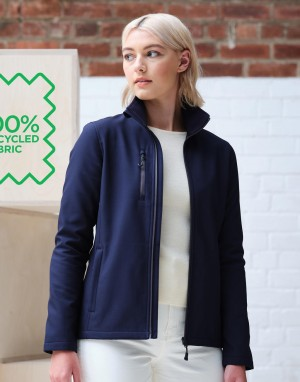 Drabužiai reklamai (Women`s Honestly Made Recycled Softshell Jacket)