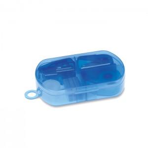 Raštinės reikmenys plastiko dėžutėje
