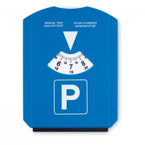 Ledo grandiklis su automobilių stovėjimo aikštelės kortele