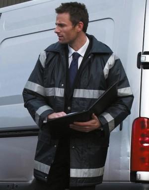 Vyriškas vandeniui atsparus darbinis paltas su atšvaitinėmis juostomis