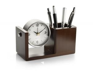 NUTTO firmos stalinis laikrodis