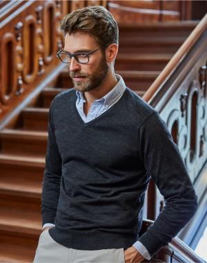 V-Neck Sweater. Vyriškas megztinis